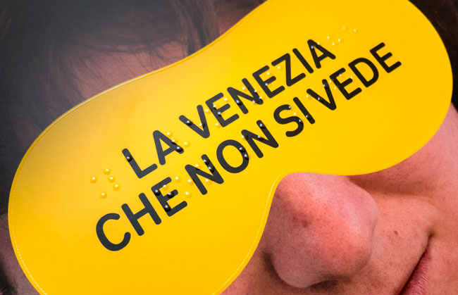 Biennale Venezia 2017, Publicación. Catalonia in Venice., Inclusive Tactile Publication #LaVeneziaCheNonSiVede Graphics and #Designforall by @avantiavanti Tactile Comic by Max